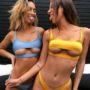 Фото девушек в купальных костюмах на пляже