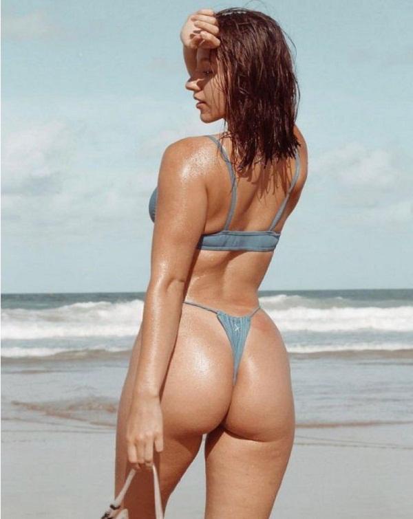 фото девушек в купальных костюмах на пляже (2)