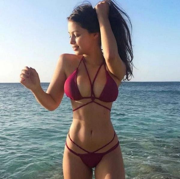 фото девушек в купальных костюмах на пляже (25)